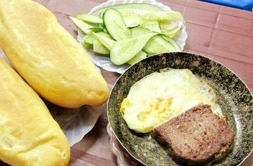 cách làm bánh mì pate thịt lợn
