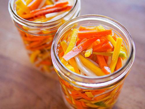 cách làm dưa chua cà rốt củ cải
