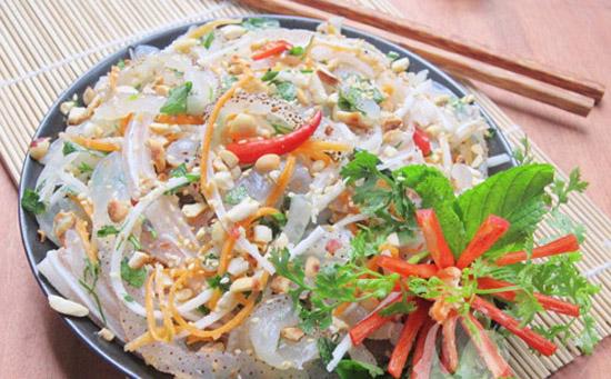 Cách làm món nộm sứa hoa chuối tai heo