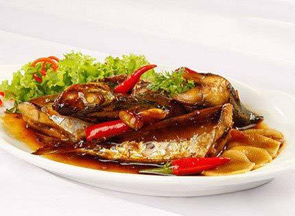 Cách kho cá nục tỏi ớt