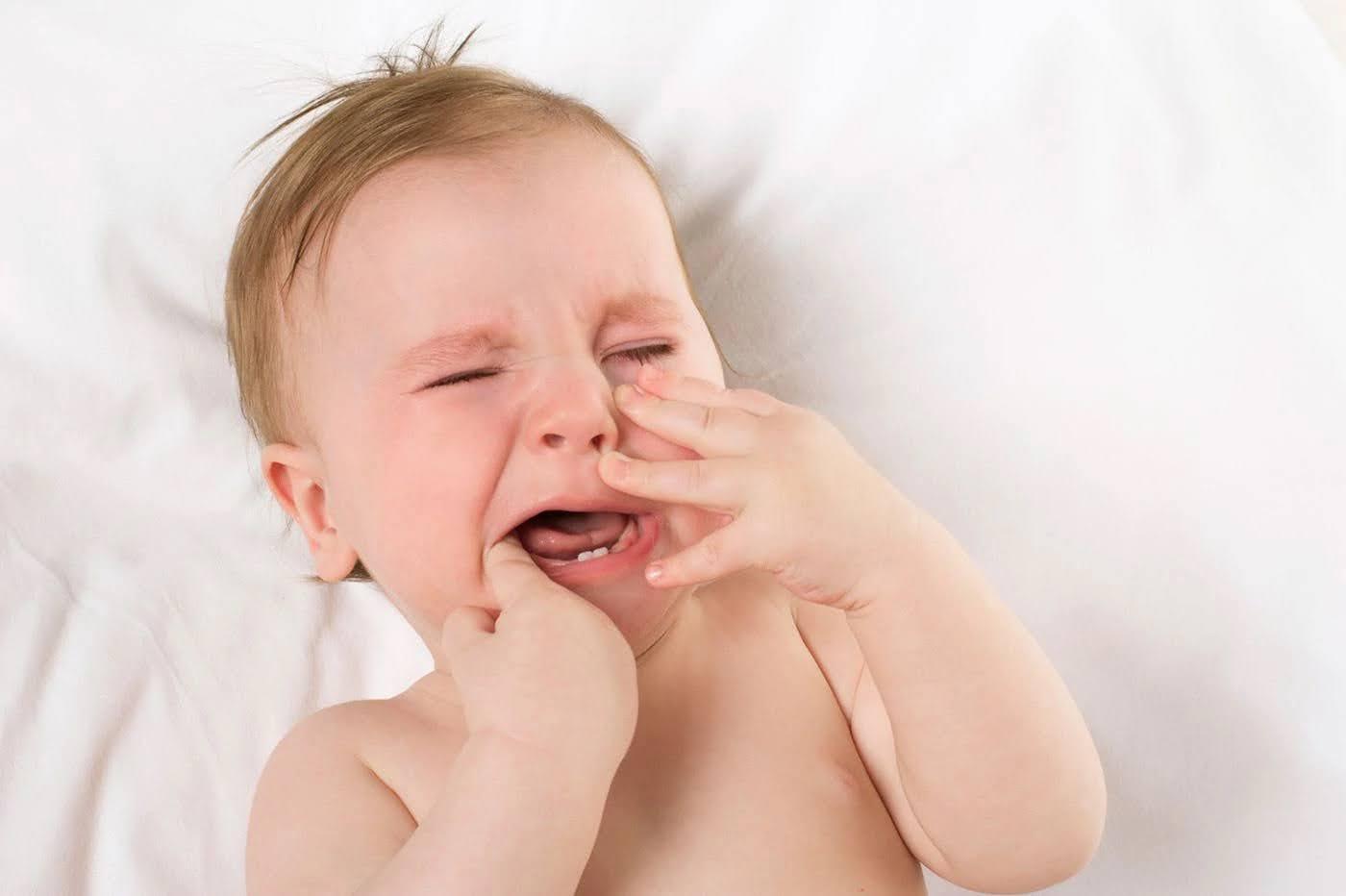 bé mấy tháng mọc răng