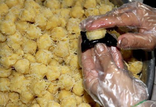 cách làm bánh gai truyền thống