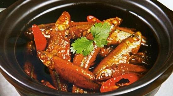 Món cá bống kho tộ thơm ngon hấp dẫn