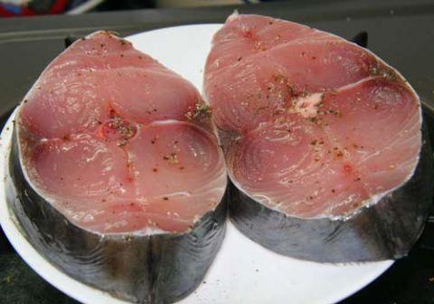 Cá thu ướp gia vị