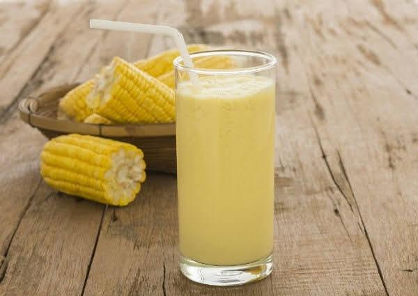 uông sữa ngô ít ngọt sẽ tốt cho sức khỏe hơn